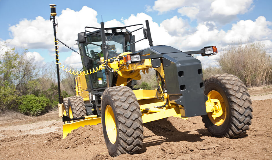 Earthwork Machine with GPS Machine Control